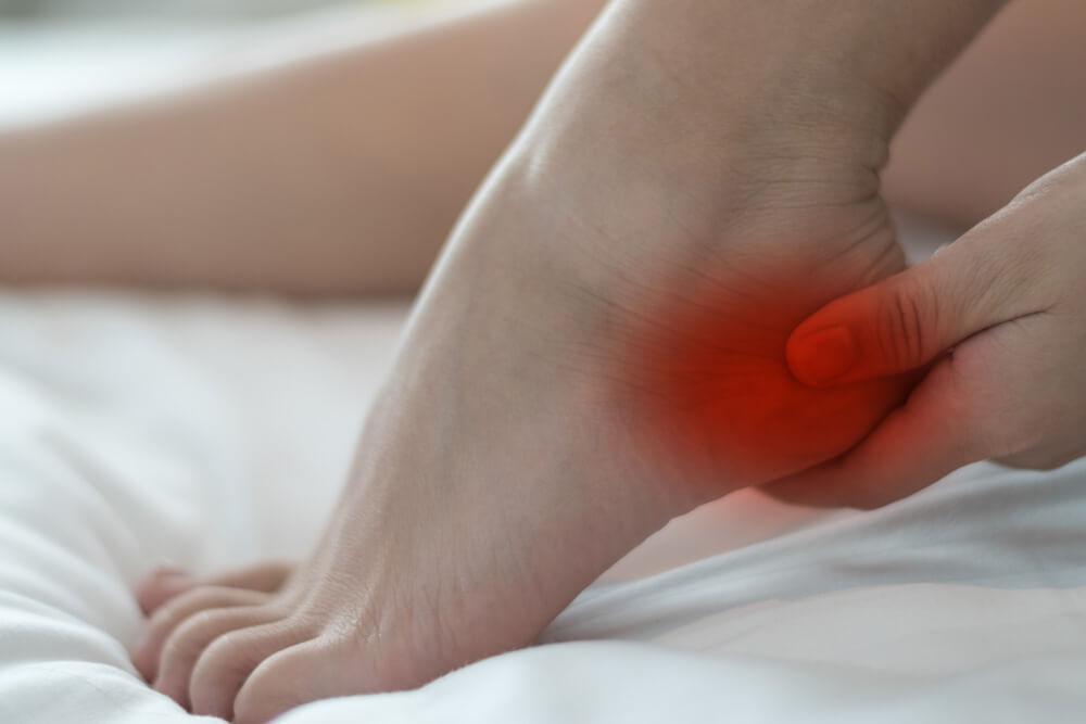 דורבן ברגליים - כאב עז בכף הרגל